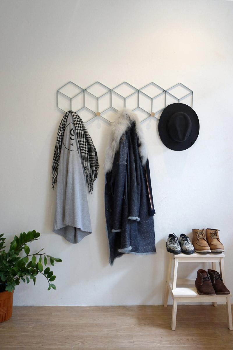 minimal coat rack