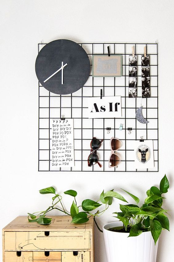 Metal wall grid
